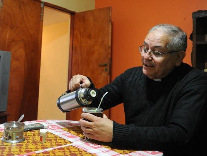 mons.Chávez